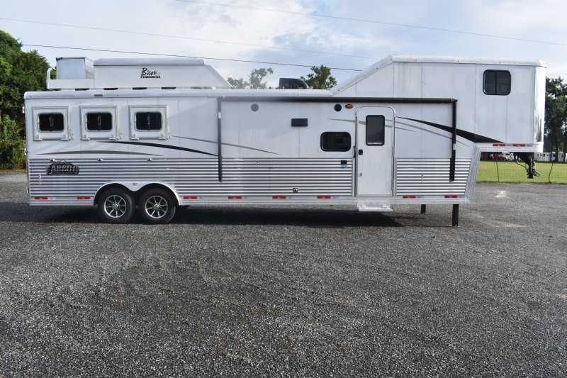 #09123 - New 2020 Bison 8311LDX 3 Horse Trailer  with 13' Short Wall