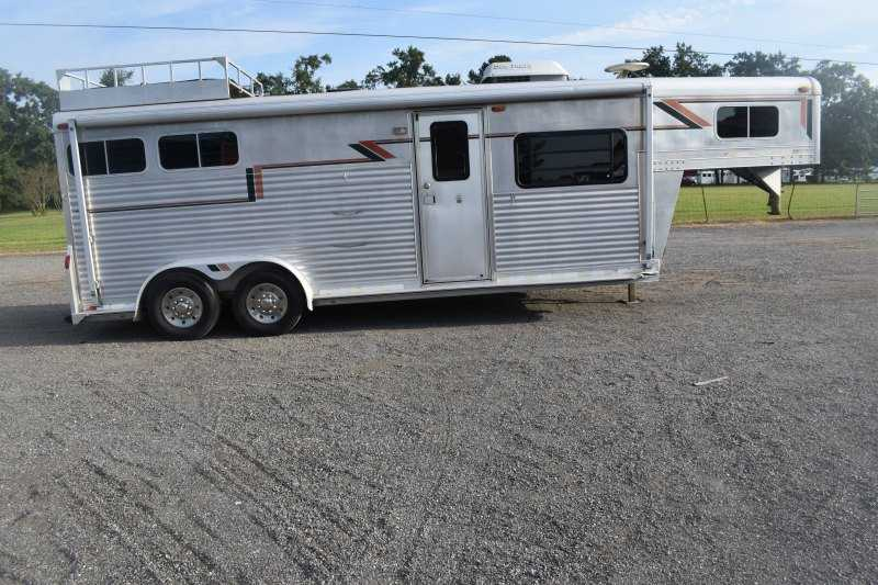 #09989 - Used 1996 4 Star 7210LQ 2 Horse Trailer  with 10' Short Wall