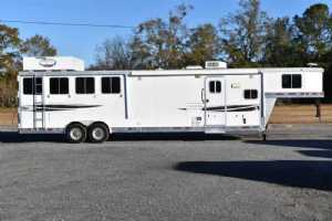 Used 2009 Lakota 8412 4 Horse Trailer  with 12' Short Wall