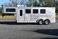#01461 - Used 2002 Silver Star 3HGNSL 3 Horse Trailer  with 4' Short Wall
