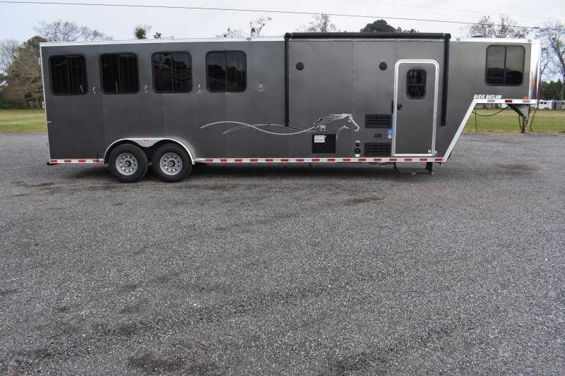 #00553 - New 2020 Harmar Dixie Star Outlaw 7408GLQ 4 Horse Trailer  with 8' Short Wall