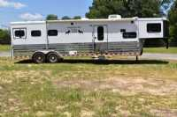 Used 2006 Sundowner Sunlite 3 Horse Trailer  with 12' Short Wall