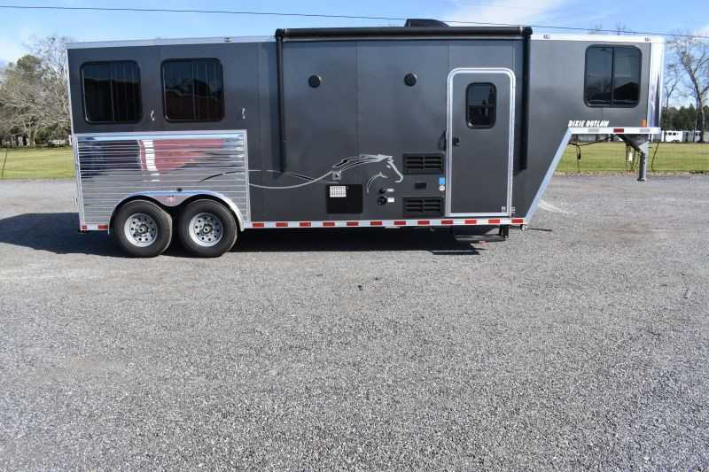 #00554 - New 2021 Harmar Dixie Outlaw 8208GLQ 2 Horse Trailer  with 8' Short Wall