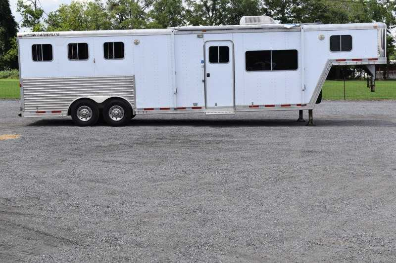 #61437 - Used 2003 Featherlite 8312LQ 3 Horse Trailer  with 13' Short Wall