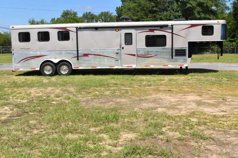 #03685 - Used 2014 Bison TE8314GLQ 3 Horse Trailer  with 15' Short Wall