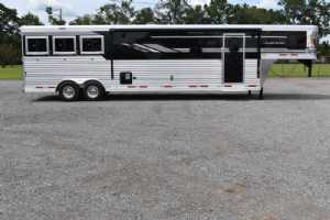 New 2021 SMC SL8315SRKCE 3 Horse Trailer  with 15' Short Wall
