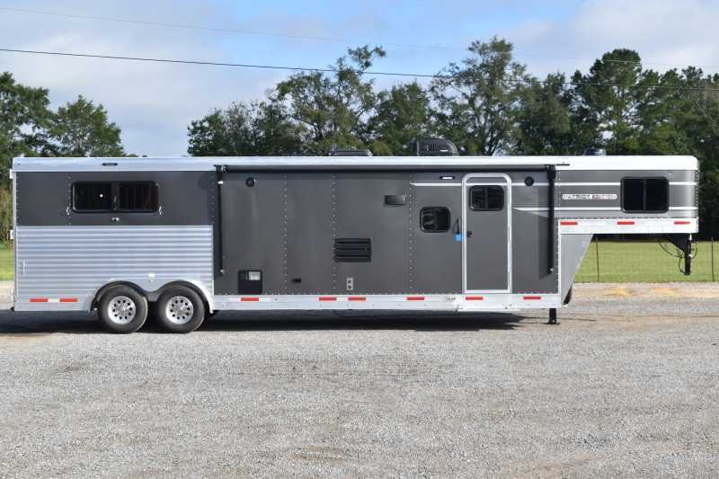 #00419 - New 2021 SMC SMC SP8313SSR 3 Horse Trailer  with 13' Short Wall