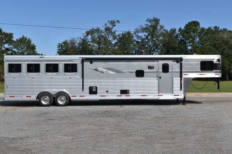 New 2021 SMC SL8415SRKCE 4 Horse Trailer with 15' Short Wall