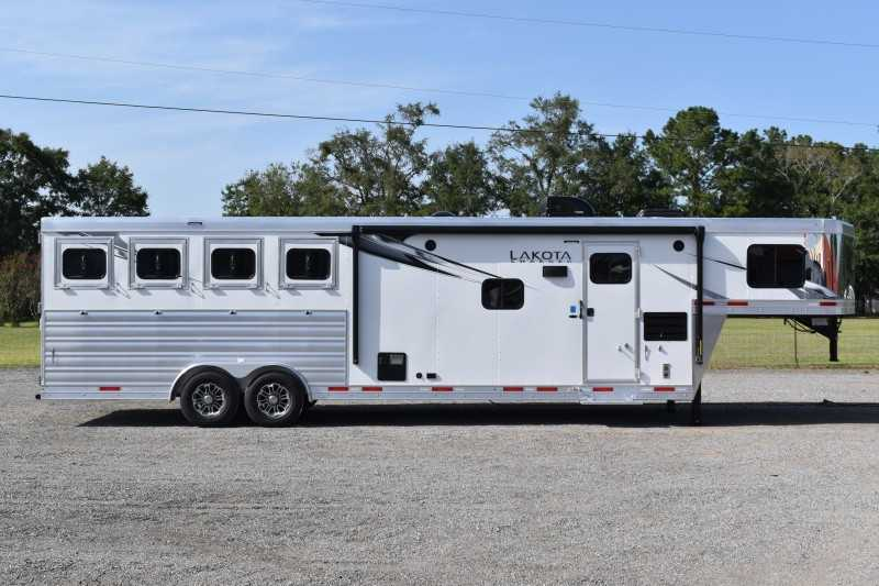 New 2021 Lakota Charger 8411RKGLQ 4 Horse Trailer with 11' Short Wall