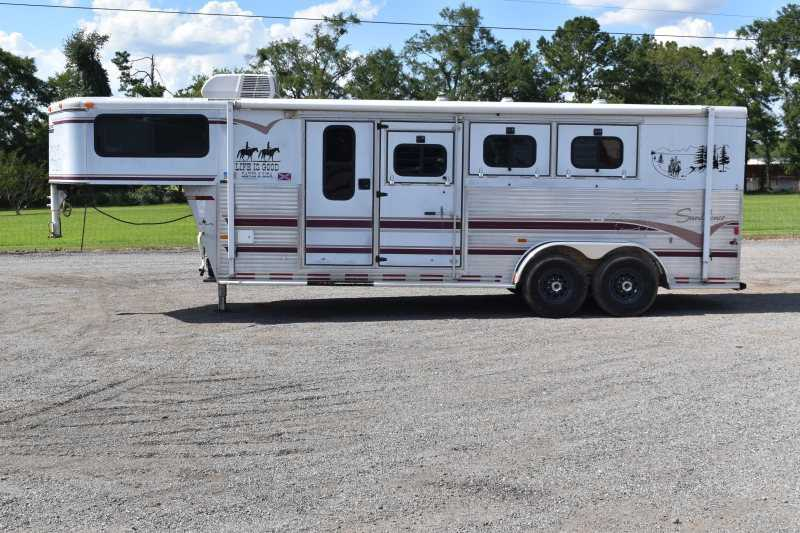 #A0882 - Used 1997 Sundowner 3H Weekender 3 Horse Trailer  with 6' Short Wall