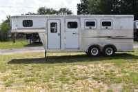 Used 2005 Exiss 7304 3 Horse Trailer  with 4' Short Wall