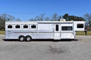 Used 2004 Sundowner 8012LQ 4 Horse Trailer  with 12' Short Wall