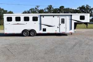 New 2022 Bison RC8409B Ricochet 4 Horse Trailer  with 9' Short Wall