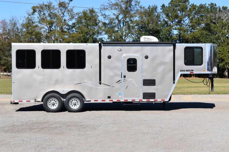 #00603 - New 2021 Harmar Dixie Outlaw 7306LQ 3 Horse Trailer  with 6' Short Wall