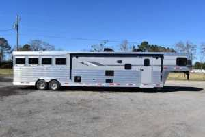 New 2021 SMC SL8418SCEB 4 Horse Trailer  with 18' Short Wall