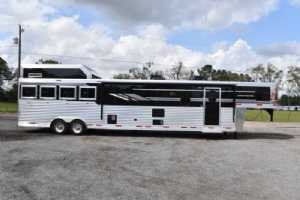 New 2021 SMC SL8418SCEBUG 4 Horse Trailer  with 18' Short Wall