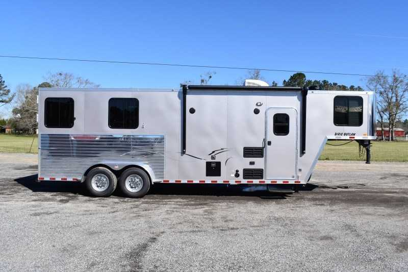 New 2021 Harmar Dixie Outlaw 7208SSMTLQ 2 Horse Trailer with 8' Short Wall