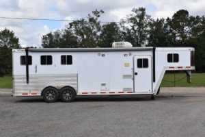 Used 2005 Featherlite 8309LQ 3 Horse Trailer  with 9' Short Wall