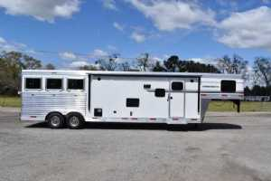 New 2021 SMC SP8313SSR 3 Horse Trailer  with 13' Short Wall