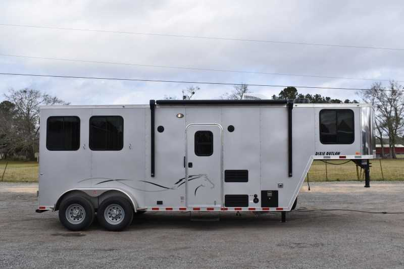 New 2021 Harmar Dixie Outlaw 7207GLQ 2 Horse Trailer with 7' Short Wall