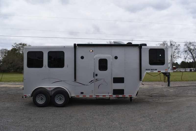 New 2022 Harmar Dixie Outlaw 7206LQ 2 Horse Trailer with 6' Short Wall