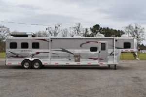 Used 2011 Bison Silverado 8316SS 3 Horse Trailer  with 16' Short Wall