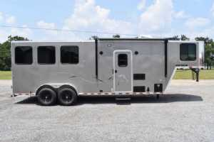 New 2022 Harmar Dixie Outlaw 7307GLQ 3 Horse Trailer  with 7' Short Wall