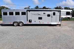 New 2022 SMC SL8413SSR 4 Horse Trailer  with 13' Short Wall