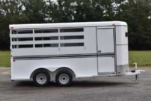 New 2022 Bee 3HBPSL 3 Horse Trailer  with 2' Short Wall