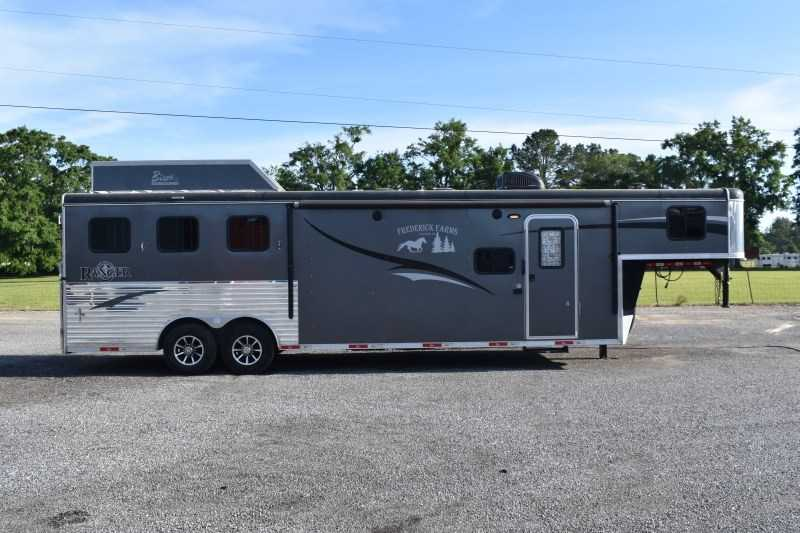 Used 2018 Bison Ranger 8311 3 Horse Trailer with 11' Short Wall