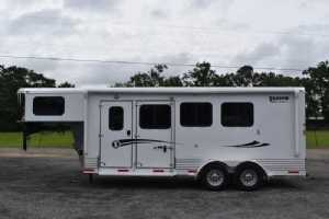 New 2021 Shadow 3HSLGN Pro Slant 3 Horse Trailer  with 4' Short Wall
