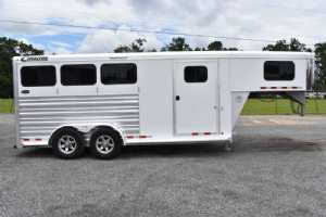 Used 2017 Cimmaron 3HSLGN 3 Horse Trailer  with 4' Short Wall