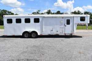 Used 2013 Bison Trail Hand 7409 4 Horse Trailer  with 9' Short Wall