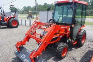 New 2021 Branson 2510H Tractor