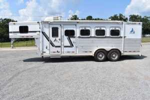 Used 2003 Cherokee Dream Catcher 4 Horse Trailer  with 4' Short Wall