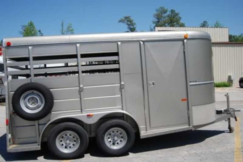 Used 2 Horse WW Trailer Bumper Pull Dixie