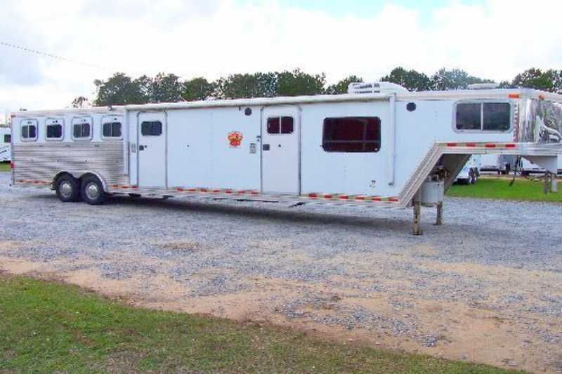 Used 4 Horse Barrett Horse Trailer With Living Quarters Dixie