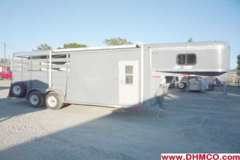 Used 3 Horse Ponderosa Horse Trailer with Living Quarters :: Dixie ...