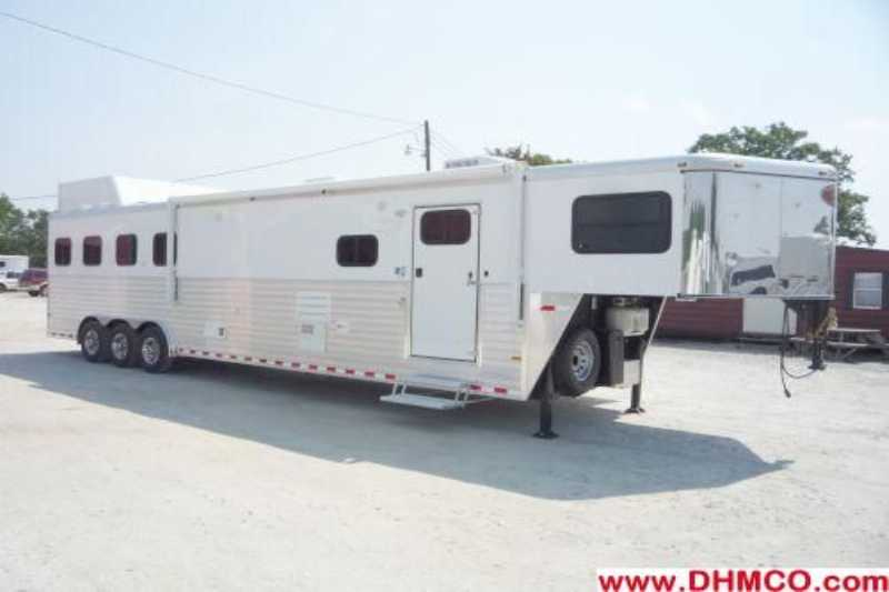 #A5441 - New 2012 Sundowner 4HGN8014GLE LIMITED EDITION 4 Horse Trailer with 14' Short Wall