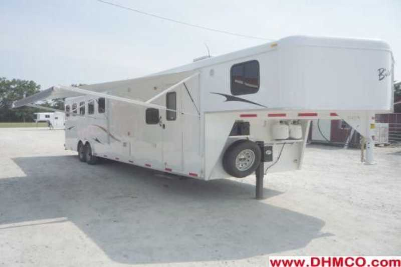 #01489 - New 2012 Bison Trail Express 8510LQ 5 Horse Trailer  with 10' Short Wall