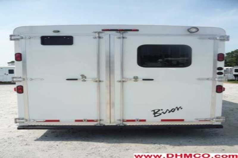 New 2012 Bison 5 Horse Slant Trailer