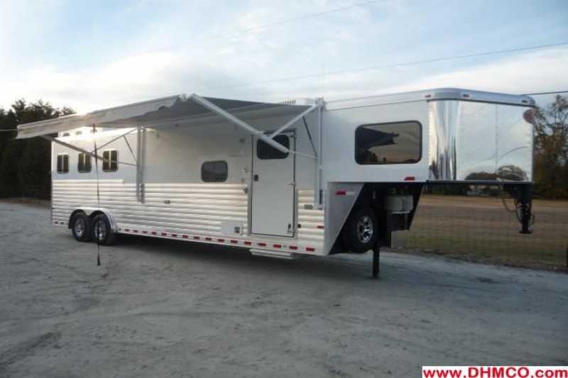 #A5556 - New 2012 Sundowner 3HGN8012LE LIMITED EDITION 3 Horse Trailer with 12' Short Wall