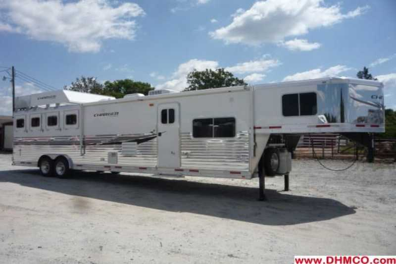 #87868 - New 2013 Lakota Charger 8415RKBGLQ 4 Horse Trailer with 15' Short Wall