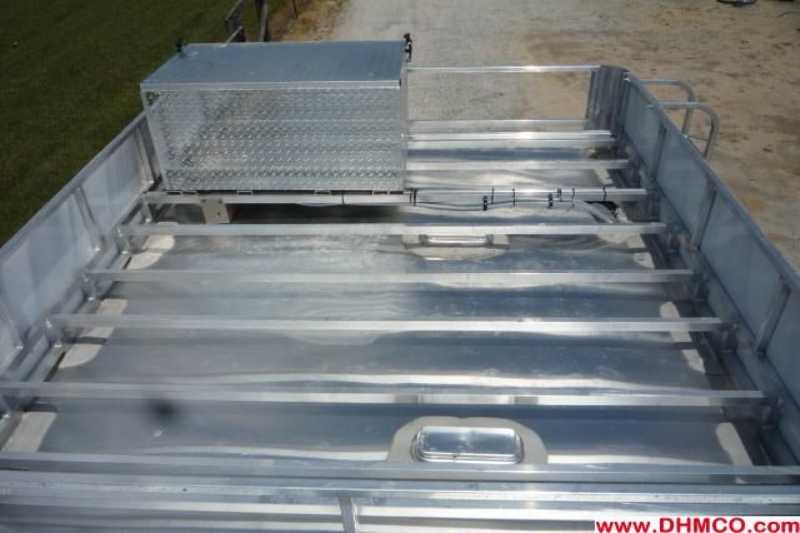 New 2012 Bison 4 Horse Slant Trailer