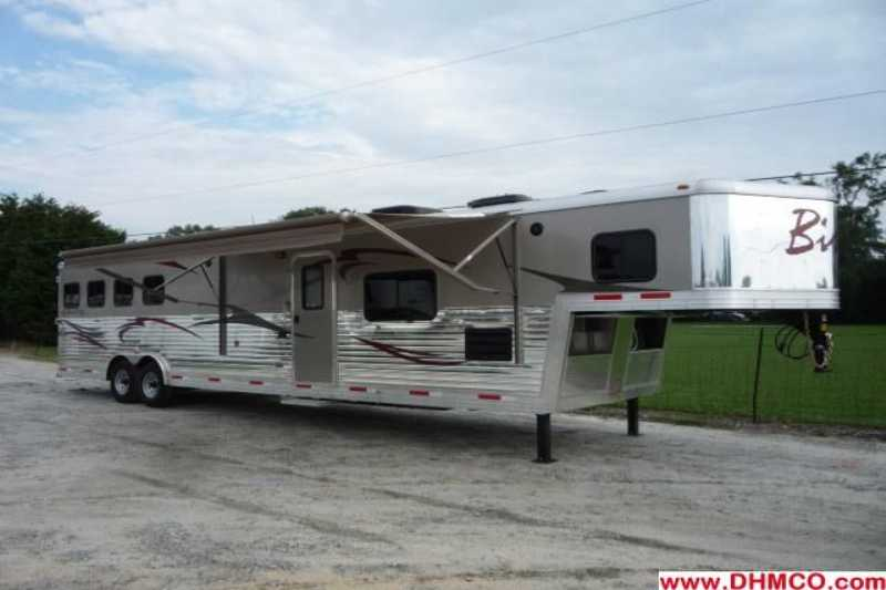 #02138 - New 2012 Bison Stratus 8414GLQ 4 Horse Trailer with 14' Short Wall