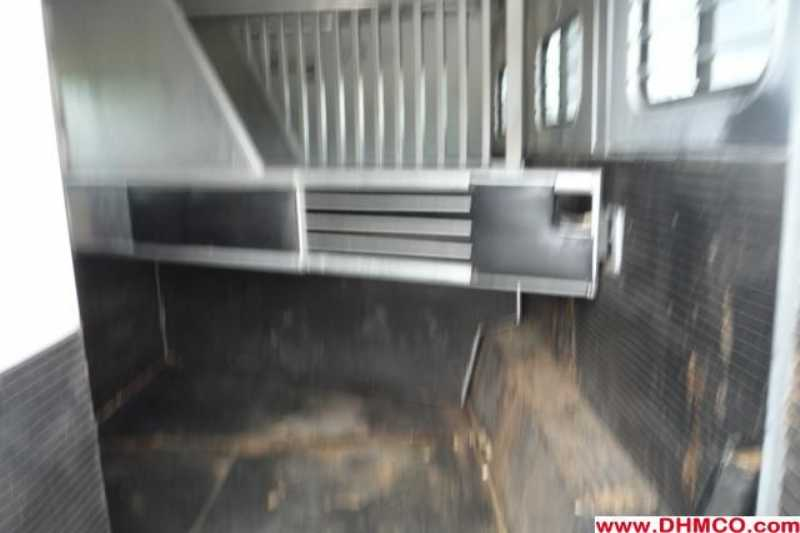Used 1997 Sundowner 3 Horse Slant Trailer