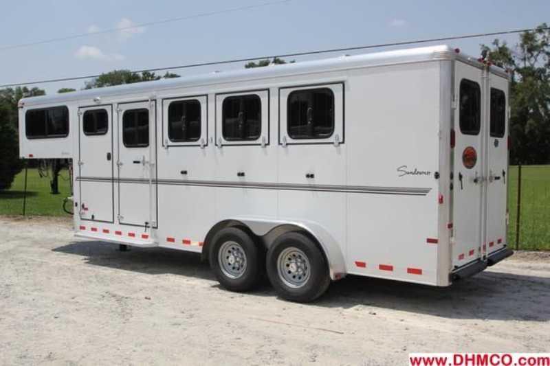 #A6244 - New 2013 Sundowner SPORTMAN4HGN 4 Horse Trailer with 4' Short Wall