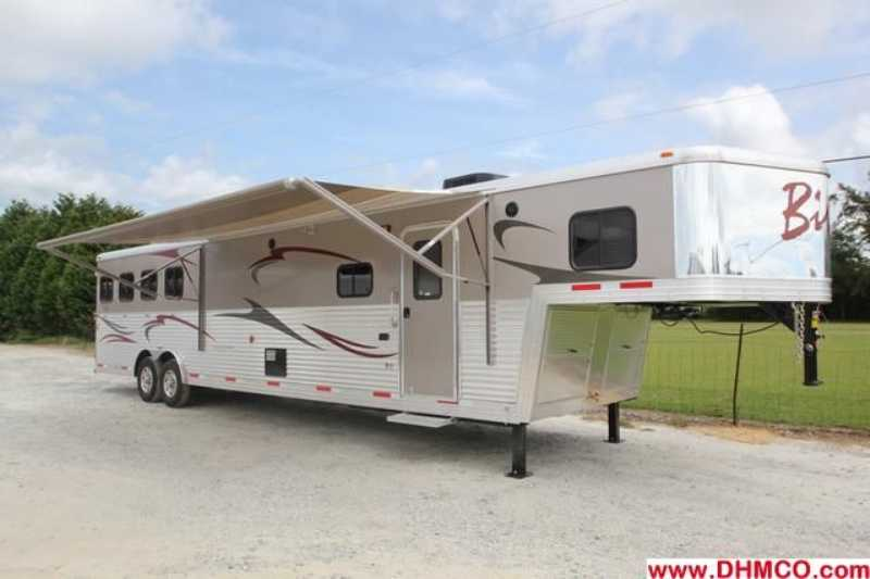#02287 - New 2012 Bison Traveler 8414GLQ 4 Horse Trailer with 14' Short Wall