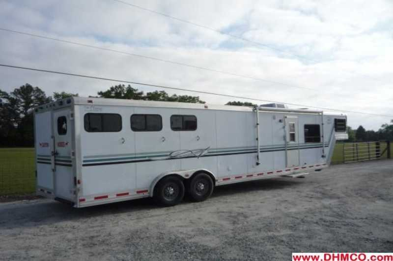 #90068 - Used 1999 Cato Classic 8317LQBK 3 Horse Trailer  with 17' Short Wall
