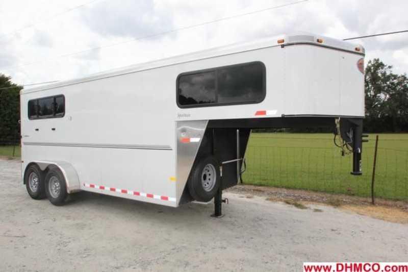 #A6339 - New 2013 Sundowner SPORTMAN3HGN 3 Horse Trailer with 4' Short Wall